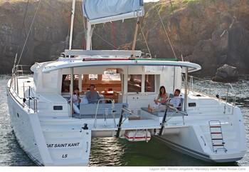 Sailing catamaran Evi - The aft sitting area