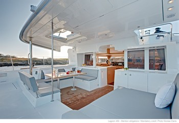 Sailing catamaran Evi - The aft sitting area