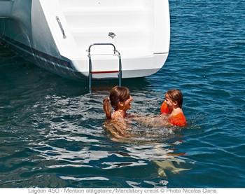 Sailing catamaran Evi - The stern