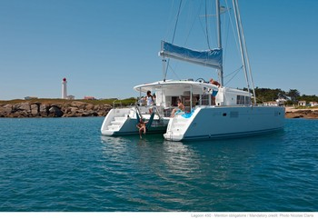 Sailing catamaran Evi - The stern