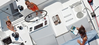Sailing catamaran Evi - The flybridge